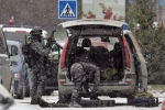 urna-bank-hostage-siege-prague-16dec09-8